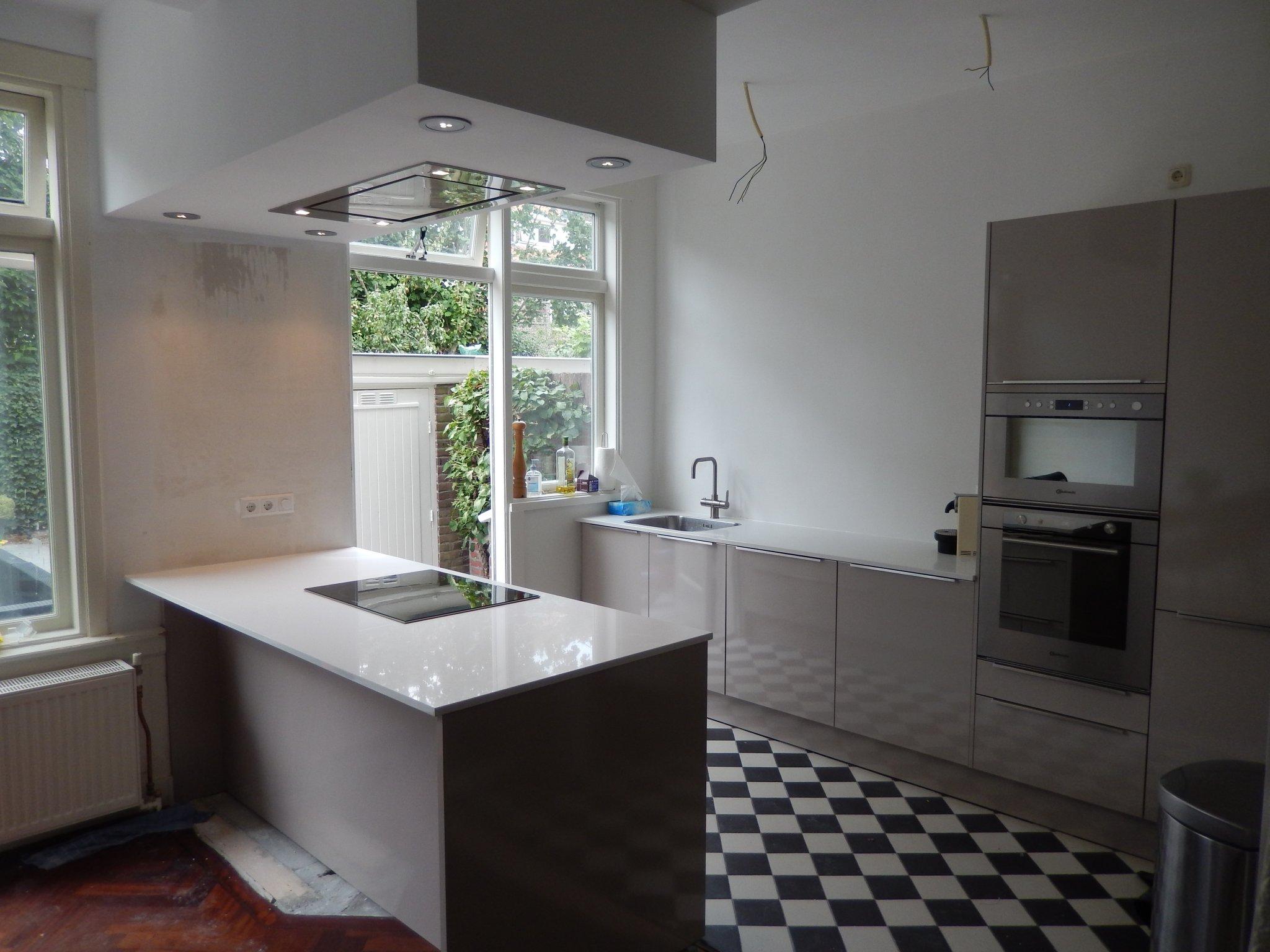 Muurtegels Keuken Verwijderen : Keuken Wrappen Den Haag : Oud Hollands Diensten ? open keuken Den